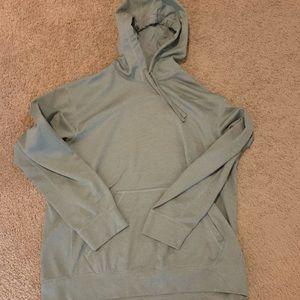 Gray Nike therma-fit hoodie